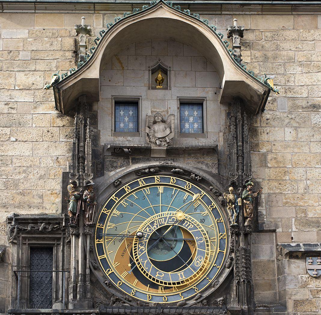 "Ithaca 499 - ""Fàbula del rellotge adquirit a Praga"" - Arturo Corcuera"